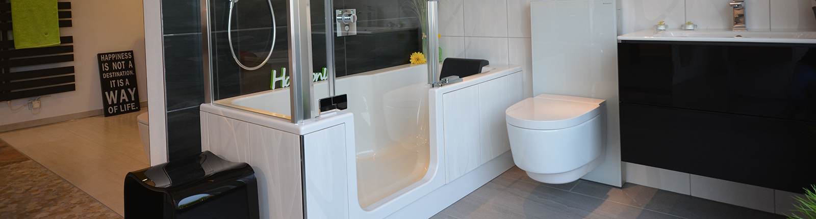 ausstellung bachmayer bachmayer untereisesheim landkreis heilbronn badrenovierung. Black Bedroom Furniture Sets. Home Design Ideas
